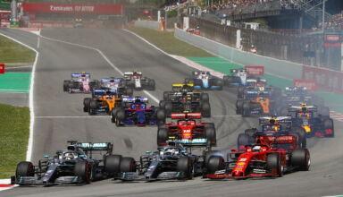 2019 Spanish GP start first corner Photo Daimler