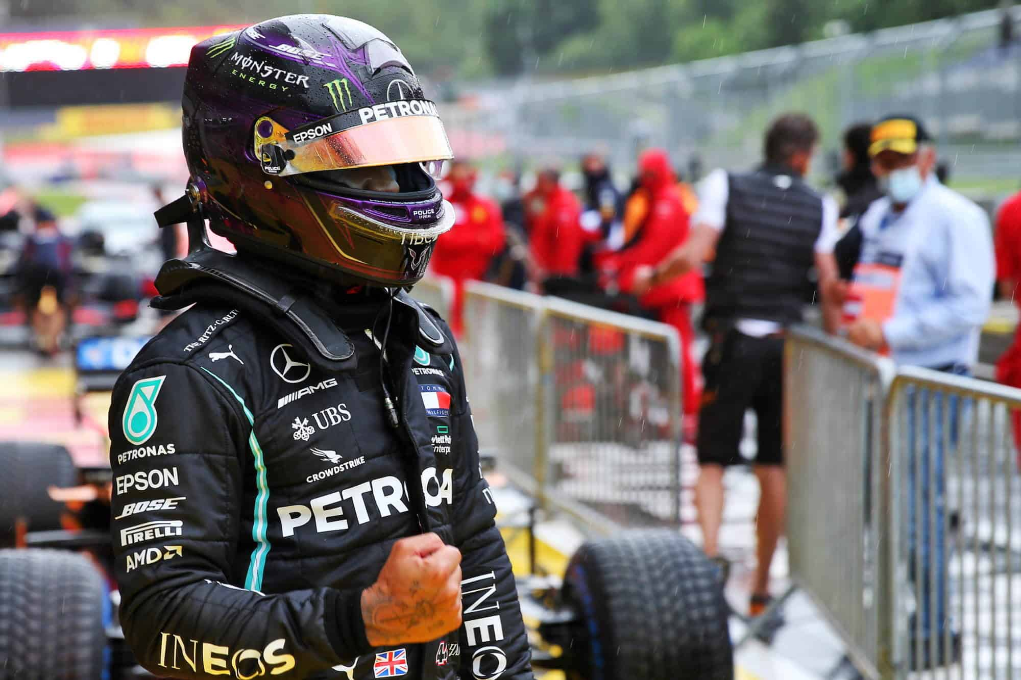 Hamilton Mercedes Styrian GP F1 2020 after qualifying out of the car Photo Daimler