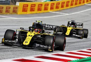 Ocon leads Ricciardo Styrian GP F1 2020 Photo Renault