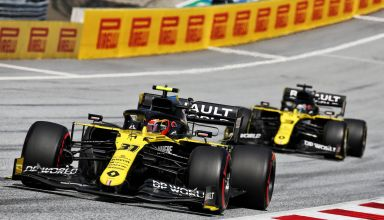 Ocon leads Ricciardo Styrian GP F1 2020 Photo Renault