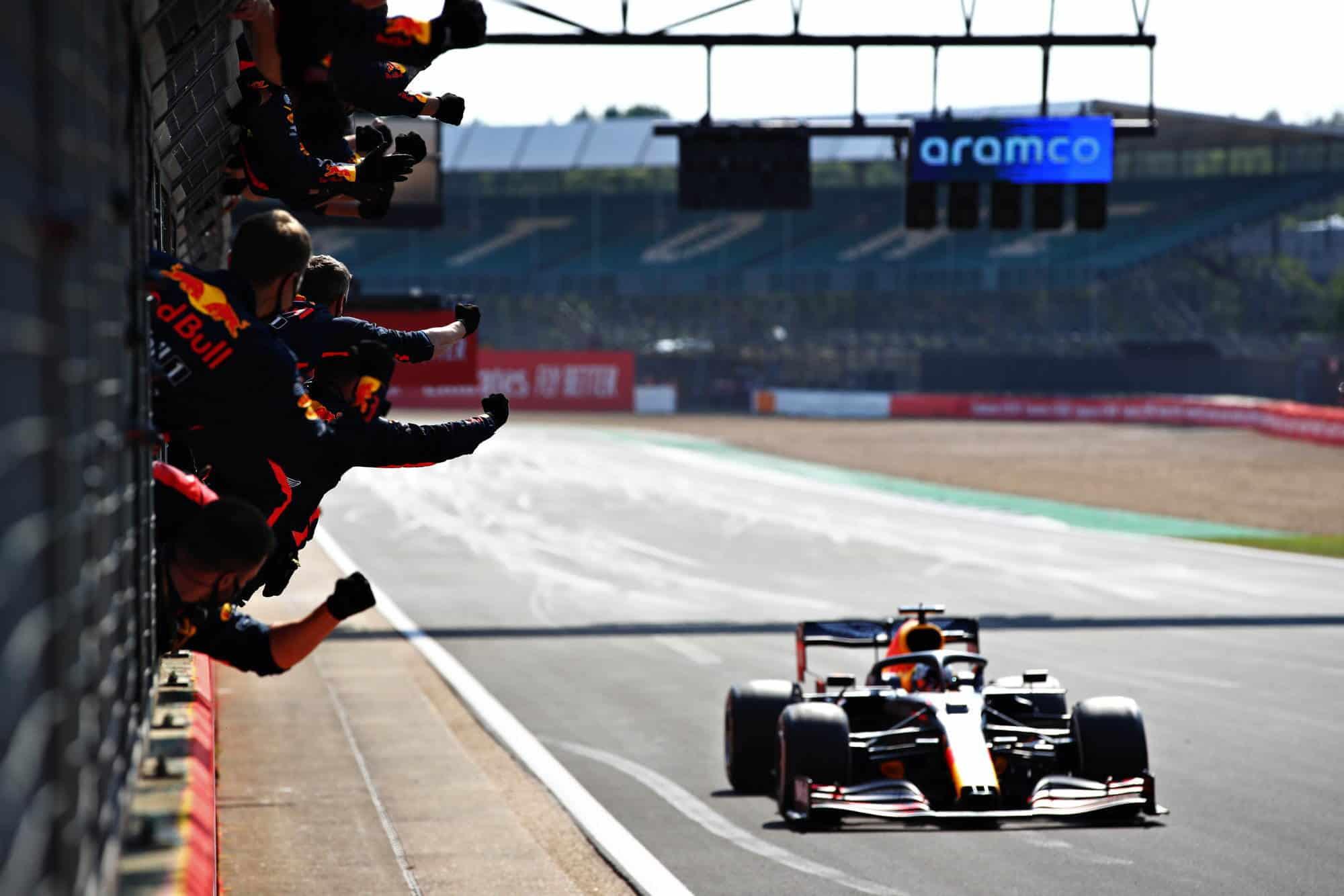 2020 70th Anniversary GP finish line Verstappen Hamilton Bottas Photo Red Bull