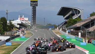 2020 Spanish GP start of the race Photo Daimler