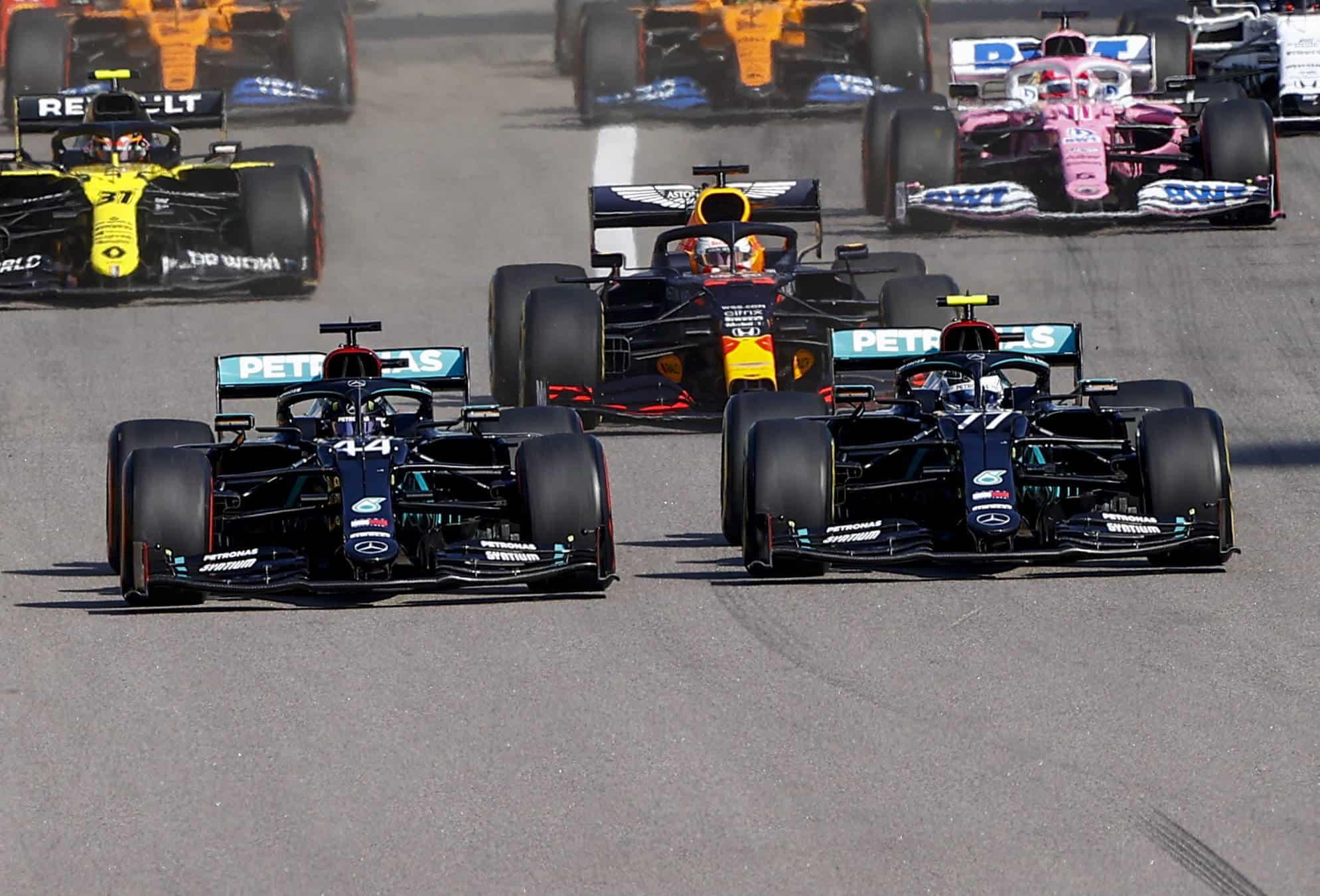 2020 Russian GP start zoom on Hamilton and Bottas Mercedes F1 W11 Photo Daimler