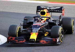 2020 Eifel GP Verstappen Q1 Red Bull RB16 soft Pirelli Turn 1 Photo Red Bull