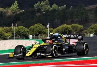 2020 Portugal GP Ocon Renault hard Pirelli Photo Renault