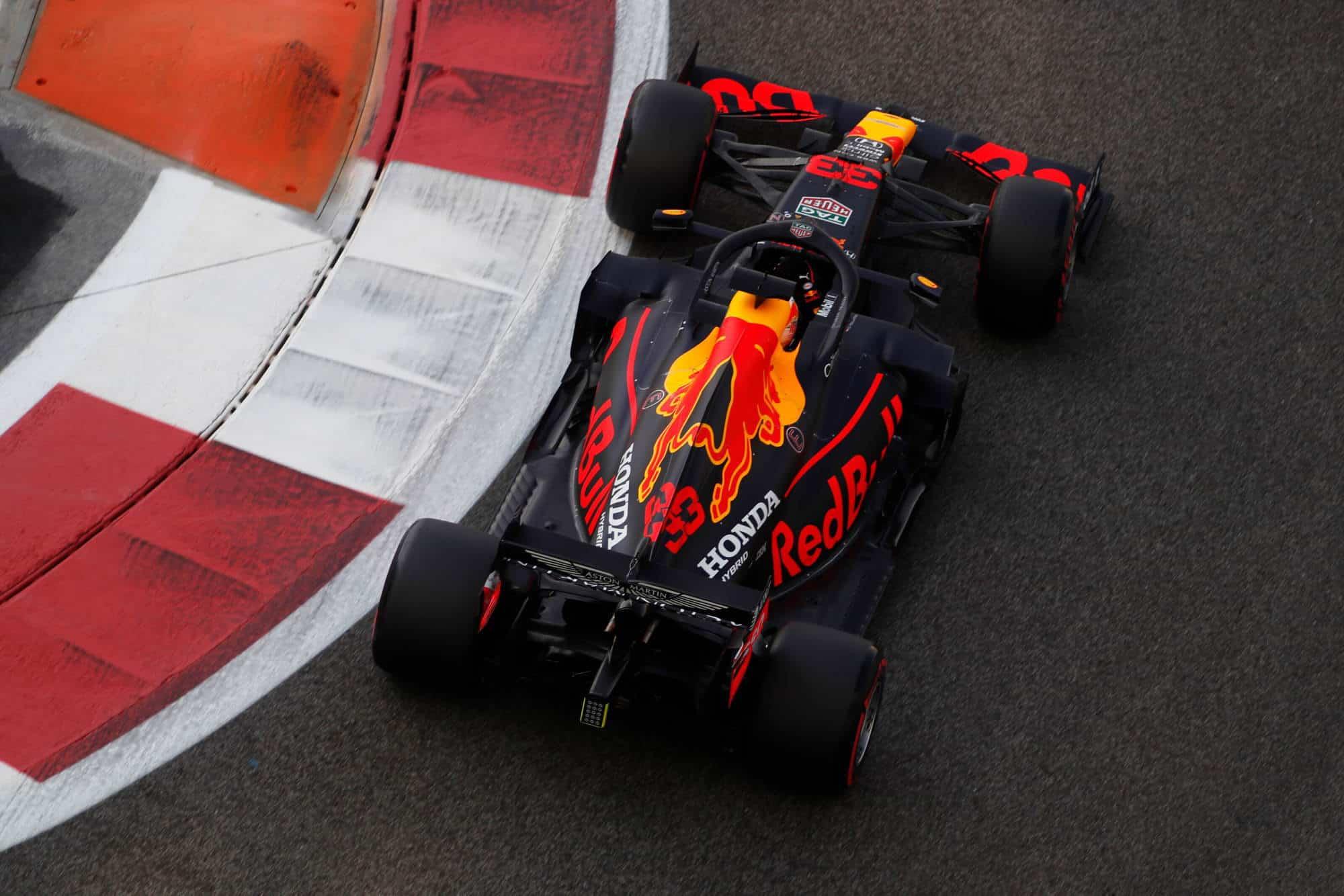 2020 Abu Dhabi GP Verstappen Red Bull FP3 soft top view Photo Red Bull