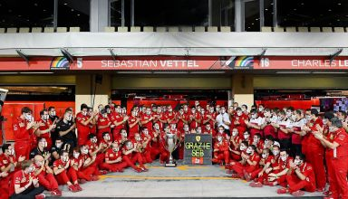 2020 Abu Dhabi GP Vettel final race for Ferrari F1 team photo pitlane garage Photo Ferrari