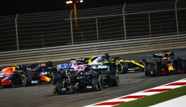 2020 Bahrain GP start first corners Photo Daimler