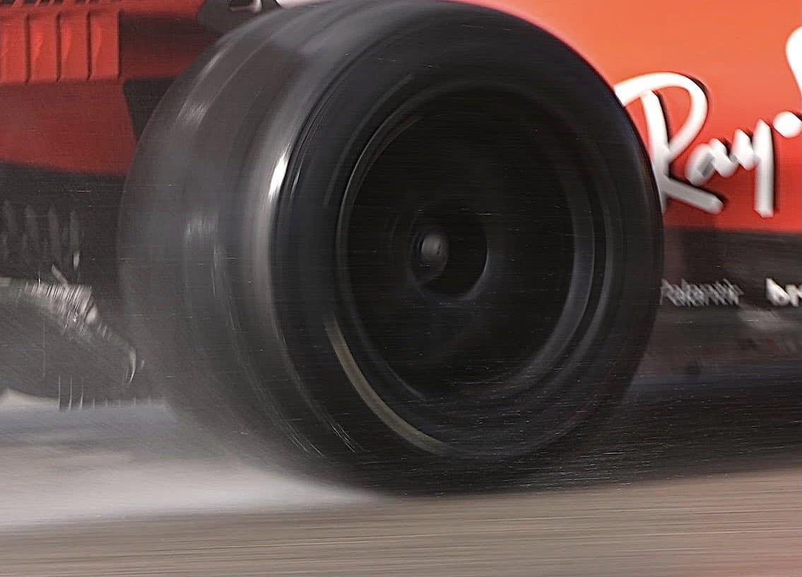 2021 Ferrari 18-inch wheels Pirelli Jerez test 23 Feb 2021 Photo Pirelli