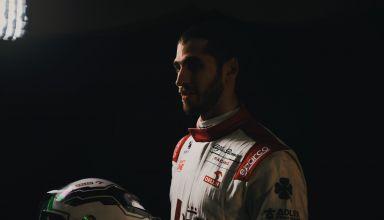 2021 Antonio Giovinazzi Alfa Romeo F1 ORLEN studio photo with helmet Photo Alfa Romeo