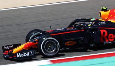 2021 Bahrain F1 test day 3 Perez Red Bull C2 Pirelli Photo Pirelli
