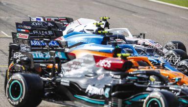 2021 Bahrain F1 testing F1 2021 cars side Photo Pirelli
