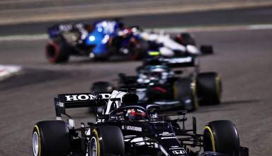 2021 Bahrain GP Tsunoda AlphaTauri leads Vettel Aston Martin Russell Williams Photo Red Bull