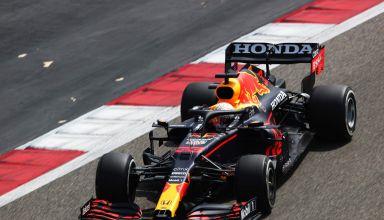 2021 Verstappen Red Bull Bahrain F1 test Day 2 C2 Pirelli Photo Red Bull