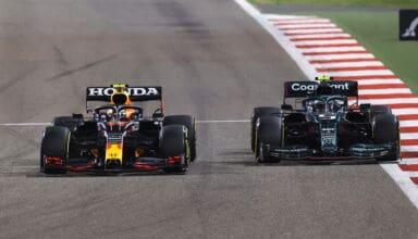 2021 Bahrain GP Perez Red Bull battles with Vettel Aston Martin Photo Red B ull