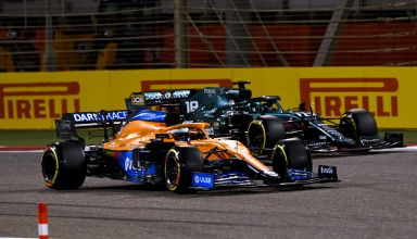 2021 Bahrain GP Ricciardo battles Stroll Photo McLaren