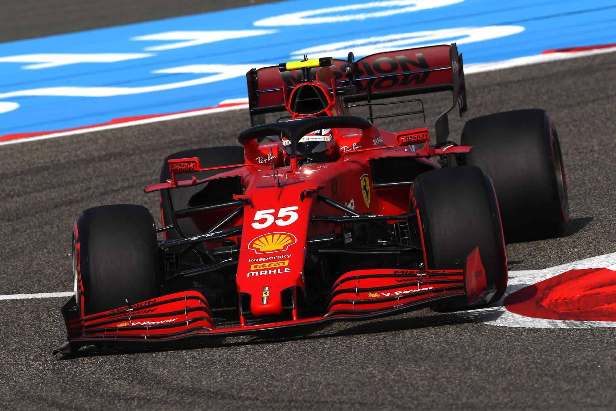 2021 Bahrain GP Sainz Ferrari SF21 soft C4 Pirelli Turn 10 Photo Ferrari