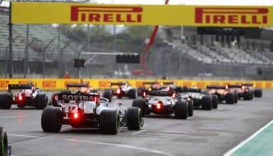 2021 Emilia Romagna GP start rear view Photo Pirelli