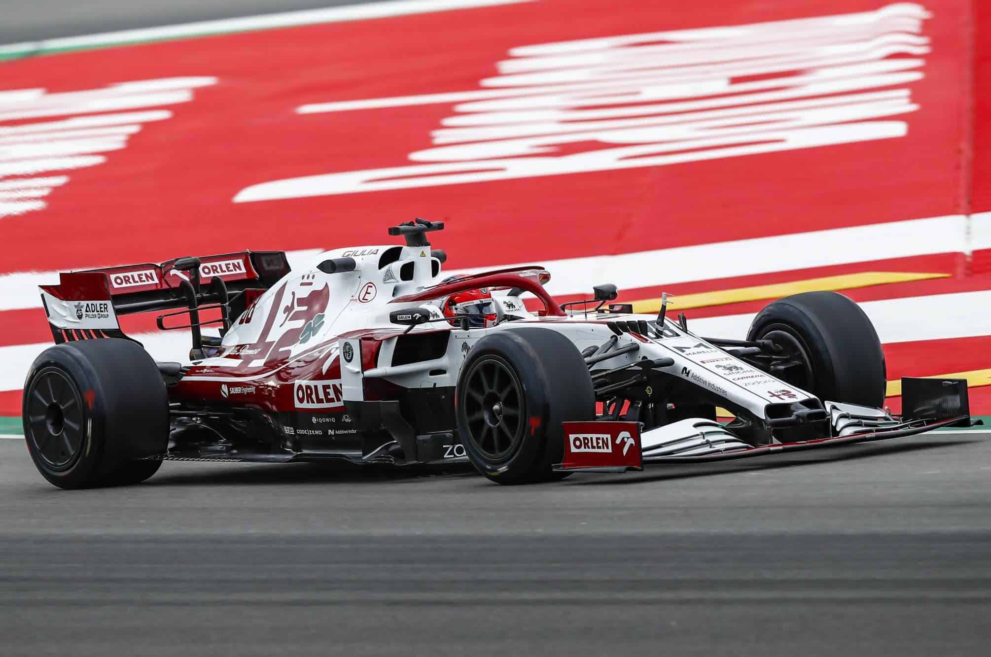 2021 In-Season Test - Spain Kubica Alfa Romeo C39 18-inch Pirelli tyres with rear wheel covers 2 Photo Alfa Romeo