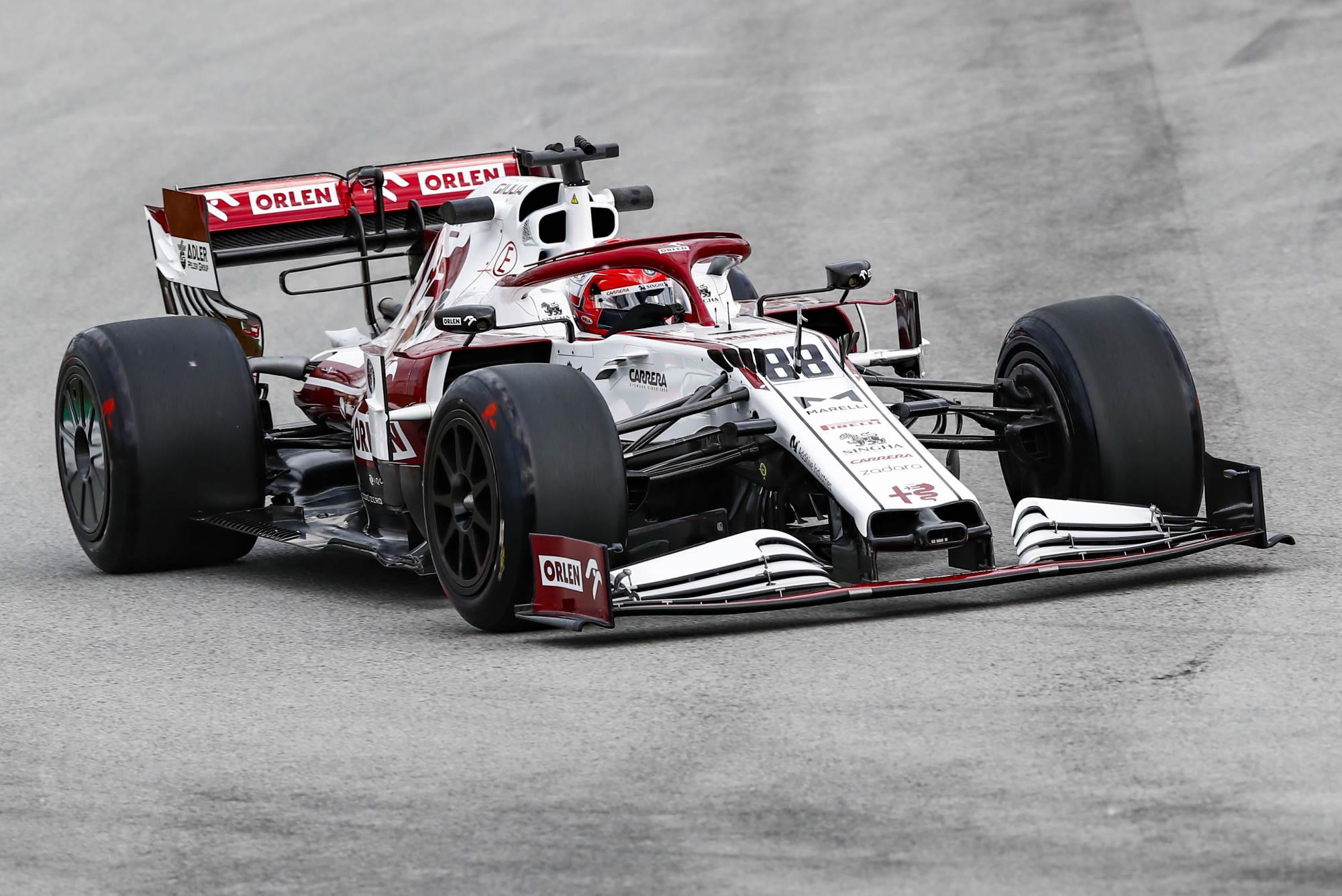 2021 In-Season Test - Spain Kubica Alfa Romeo C39 18-inch Pirelli tyres with rear wheel covers 3 Photo Alfa Romeo