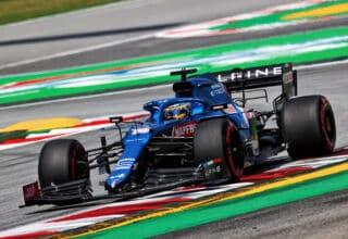2021 Spanish GP Alonso Alpine chicane 14-15 exit kerb Photo Alpine
