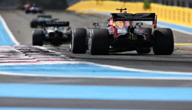 2019 French GP Albon Red Bull behind Renault Photo Red Bull
