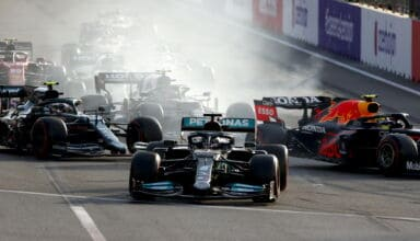 2021 Azerbaijan GP late restart Hamilton mistake Turn 1 late braking zoom Photo Daimler
