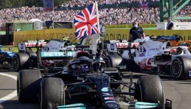 2021 British GP Hamilton wins celebration with the flag Photo Daimler