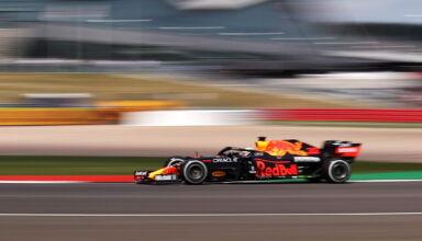 2021 British GP Verstappen Red Bull FP1 side shot Photo Red Bull