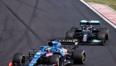 2021 Hungarian GP Alonso Hamilton battle Photo Alpine