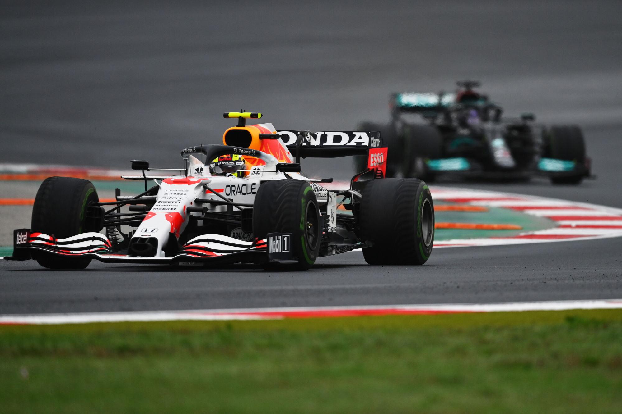2021 Turkish GP Perez leads Hamilton Photo Red Bull