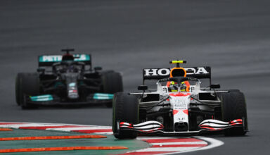 2021-Turkish-GP-Perez-leads-Hamilton-in-the-race-Photo-Red-Bull