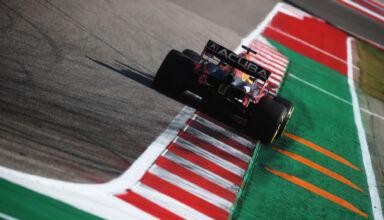 2021-US-GP-Verstappen-FP2-rear-end-Photo-Red-Bull
